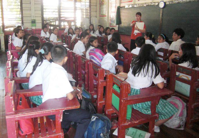 途上国の学校