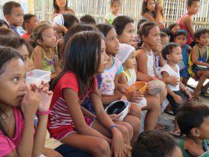 フィリピンの子供