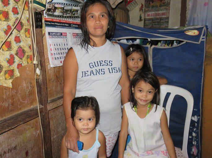 フィリピン人の家族