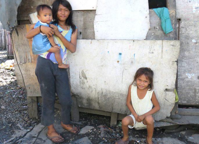 貧困の家族