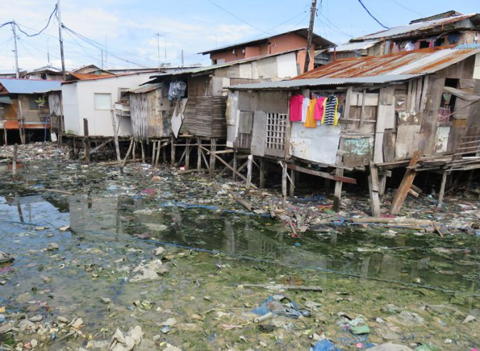 セブ島のスラムの家