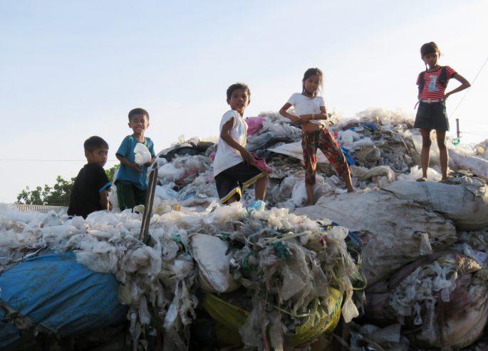 フィリピンのゴミ山