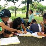 貧困の子どもを救済する奨学金と教育支援