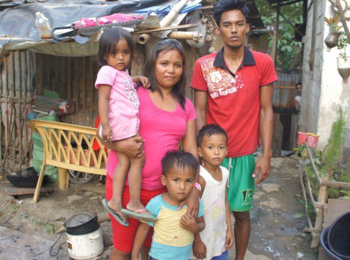 フィリピンの貧困家族