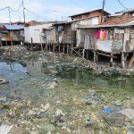 フィリピンのスラムが海辺と川沿いできる理由