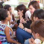 フィリピンで日本語を教えるボランティア。子どもは勉強好き