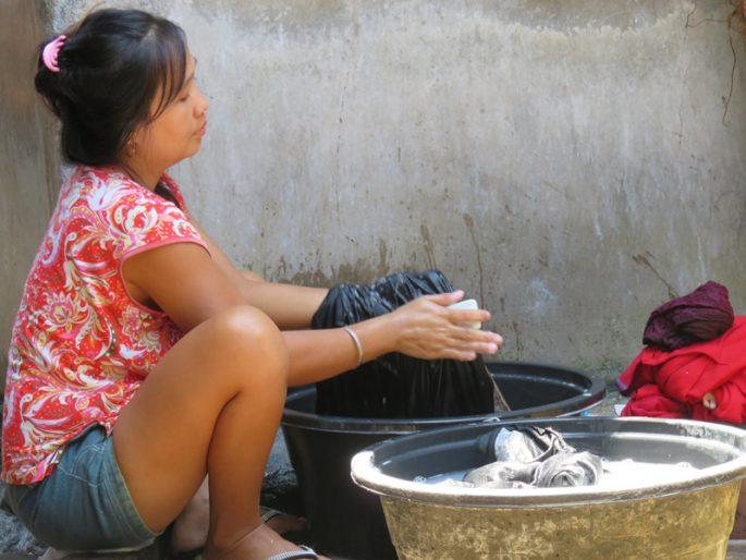 フィリピンの母親