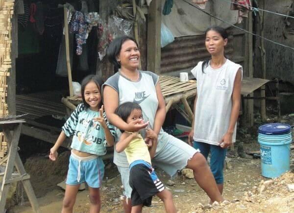 スラムの家族