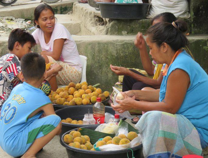 フィリピン女性の仕事