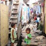 フィリピンの新型コロナウイルスがスラム街に集中する理由